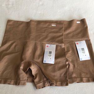 🔹NWT🔹 Jockey slimming shorts (2)